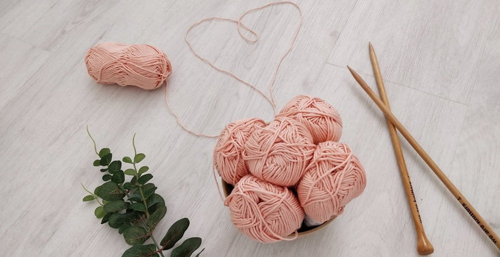 Pink yarn - Gifts for knitters
